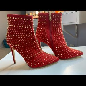BRAND NEW Cape Robbin red studded boots
